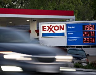 chevron-and-exxon-discussed-merger-last-year-reports