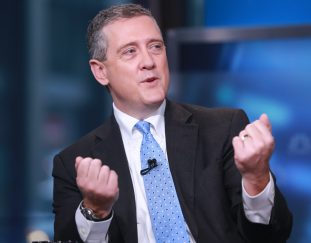 bitcoin-no-threat-to-dollar-as-worlds-reserve-currency-feds-james-bullard