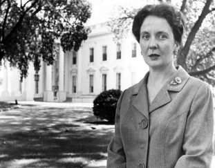 maxine-cheshire-who-chronicled-beltway-scandals-dies-at-90
