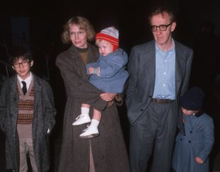 how-many-kids-do-woody-allen-and-mia-farrow-have