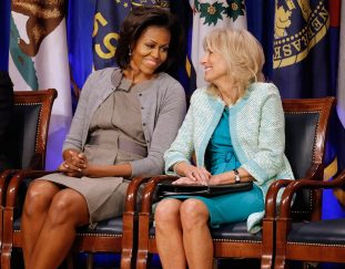 jill-biden-gifts-michelle-obama-a-produce-basket