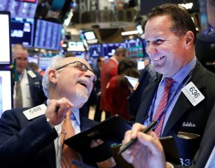 stock-futures-are-flat-in-overnight-trading-after-sp-500-closes-at-a-record