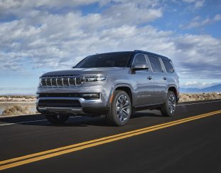 jeep-unveils-long-awaited-grand-wagoneer-suv-topping-111000