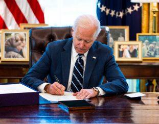 a-last-minute-add-to-stimulus-bill-could-restrict-state-tax-cuts