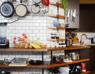 8-kitchen-items-you-should-always-buy-secondhand-according-to-home-stagers