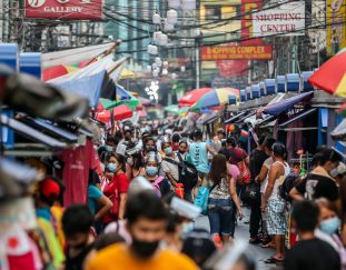 philippines-targets-foreign-investment-with-singapore-style-tax-law
