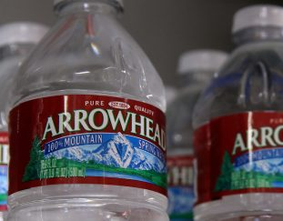 facing-droughts-california-challenges-nestle-over-water-use