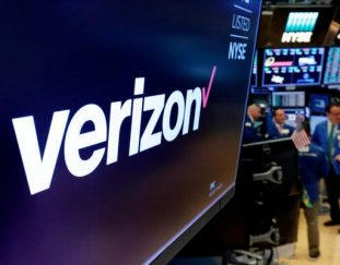 verizon-says-it-will-sell-yahoo-and-aol-to-apollo-live-updates
