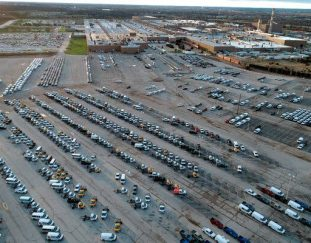 g-m-will-increase-production-of-cars-and-trucks-as-the-chip-shortage-eases