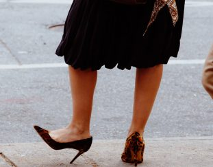are-people-really-wearing-high-heels-again