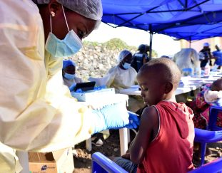 white-house-says-ebola-outbreaks-in-africa-need-swift-action