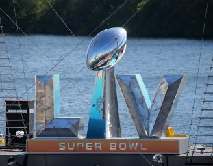 super-bowl-winning-mvp-quarterback-predicts-mahomes-chiefs-win