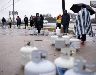 texas-outages-hit-water-supplies-as-thousands-struggle-without-power-for-a-fourth-day