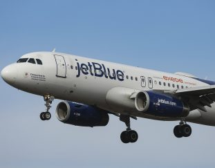 jetblue-is-calling-flight-attendants-back-to-work-to-handle-increase-in-travel-demand