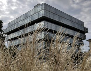 purdue-pharma-offers-plan-to-end-sackler-control-and-mounting-lawsuits