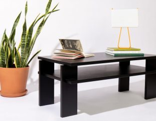russet-releases-the-champ-a-coffee-table-that-doesnt-require-hardware