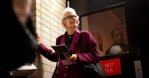 Lois Kirschenbaum, the Ultimate Opera Superfan, Dies at 88