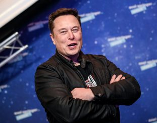some-of-snls-cast-is-confused-annoyed-that-elon-musk-is-hosting-show