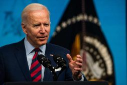 biden-praises-south-korean-battery-maker-deal-as-win-for-u-s-electric-vehicle-push