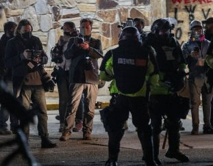 minnesota-governor-calls-alleged-assaults-on-journalists-chilling