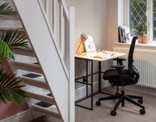 spacestor-releases-foldable-kit-desk