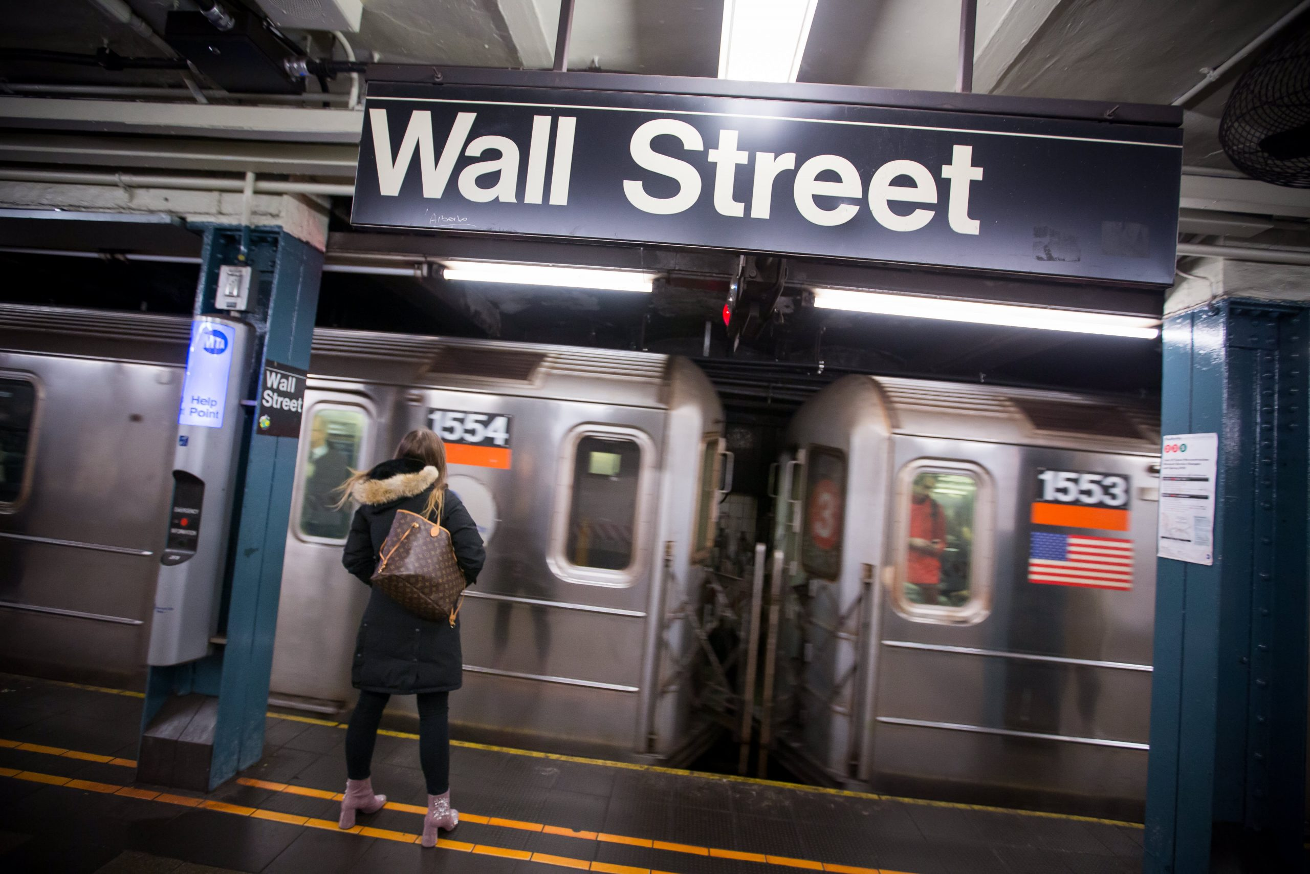 stock-futures-hold-steady-as-investors-eye-pipeline-cyberattack