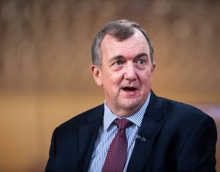 barrick-gold-ceo-pans-cryptocurrencies-as-an-inferior-store-of-value-than-gold