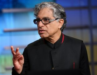 deepak-chopra-says-he-wants-to-bring-awareness-to-psychedelics-as-a-potential-source-of-mind-body-healing