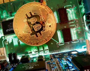 cryptocurrencies-near-big-milestone-vs-gold-by-one-wall-street-firms-count