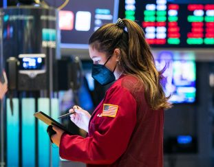 stock-futures-start-month-slightly-lower-after-major-indexes-saw-gains-in-may
