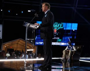 first-round-of-the-2021-nfl-draft-attracted-12-6-million-viewers