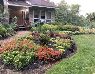 tinas-massachusetts-garden-finegardening