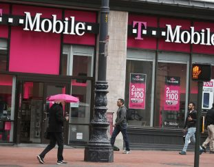 t-mobile-ceo-says-company-is-poised-to-dominate-5g-for-the-next-decade